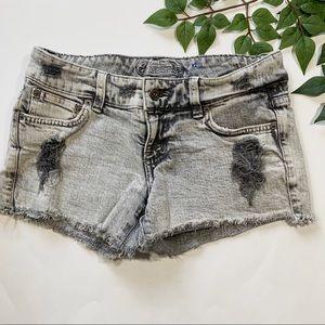 LF Carmar Gray Distressed Cut Off Jean Shorts 26